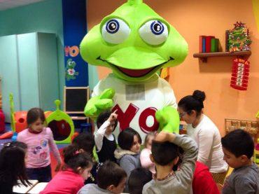 Pasqua con i laboratori creativi ed i giochi di YOUNGO!