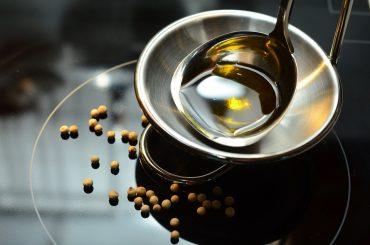 L'olio d'oliva in Puglia tra economia e tradizione radicata