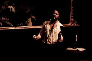 Cyrano De Bergerac, i versi originali del capolavoro di Edmond Rostand tornano al Teatro Stanze Segrete