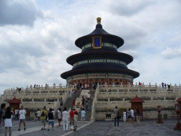 Cina: manuale di sopravvivenza (per viaggiatrici bionde e formose)