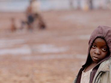 """Cosa sai dell'Africa e di chi fugge da guerre e miseria? Scoprilo con il pluripremiato """"This in Congo"""", inedito in Italia, in onda su Sky Atlantic"""