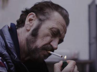 """Marco Giallini nel video di """"La vita è una"""", nuovo singolo del """"Muro del canto"""""""