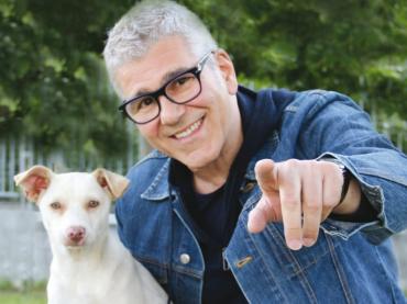 """""""Un amico non si abbandona"""": Michele Zarrillo testimonial per la campagna contro l'abbandono estivo degli animali domestici"""