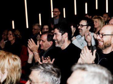 """""""Carta Straccia"""" all'OFFOFF Theatre: tra gli applausi e i sorrisi degli ospiti c'è anche Alessandro Gassman"""
