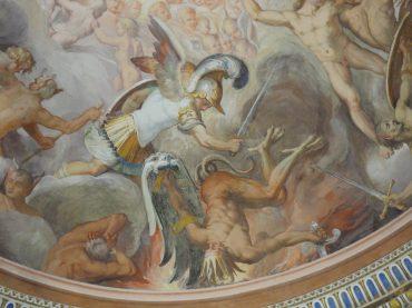 Palazzo Farnese di Caprarola: il mistero degli affreschi dell'Anticamera degli angeli