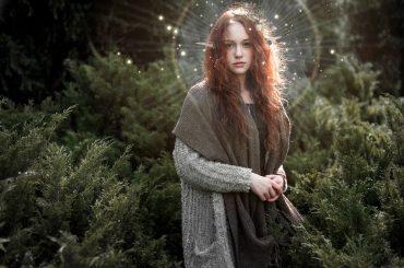 """Gli Elfi tra di noi: nascita, usi e costumi del popolo """"luminoso"""""""