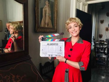 """Martina Galletta su Rai Uno nei panni di Giulietta Masina in """"Permette? Alberto Sordi"""" con Edoardo Pesce. Prima serata 24 marzo"""