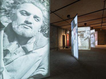 """Federico Fellini: La Mostra """"Fellini 100. Genio immortale"""" apre virtualmente le sue porte e si svela on line"""